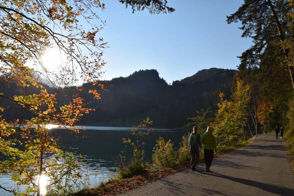 Füssen Herbstwandern am Allatsee