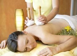 Natur-Wellness: Heustempel-Massage
