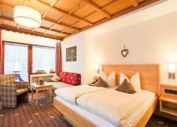 Doppelzimmer mit Südbalkon
