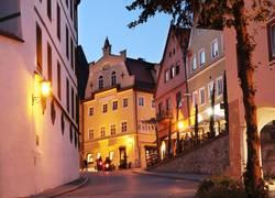 Füssens Altstadt bei Nacht