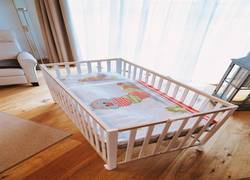 Babybett inkl. süßer Bettwäsche