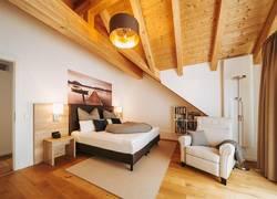 großes, sehr gemütliches Schlafzimmer