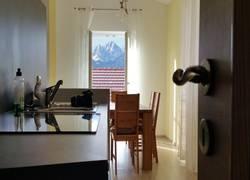 Küche mit Wohnlounge