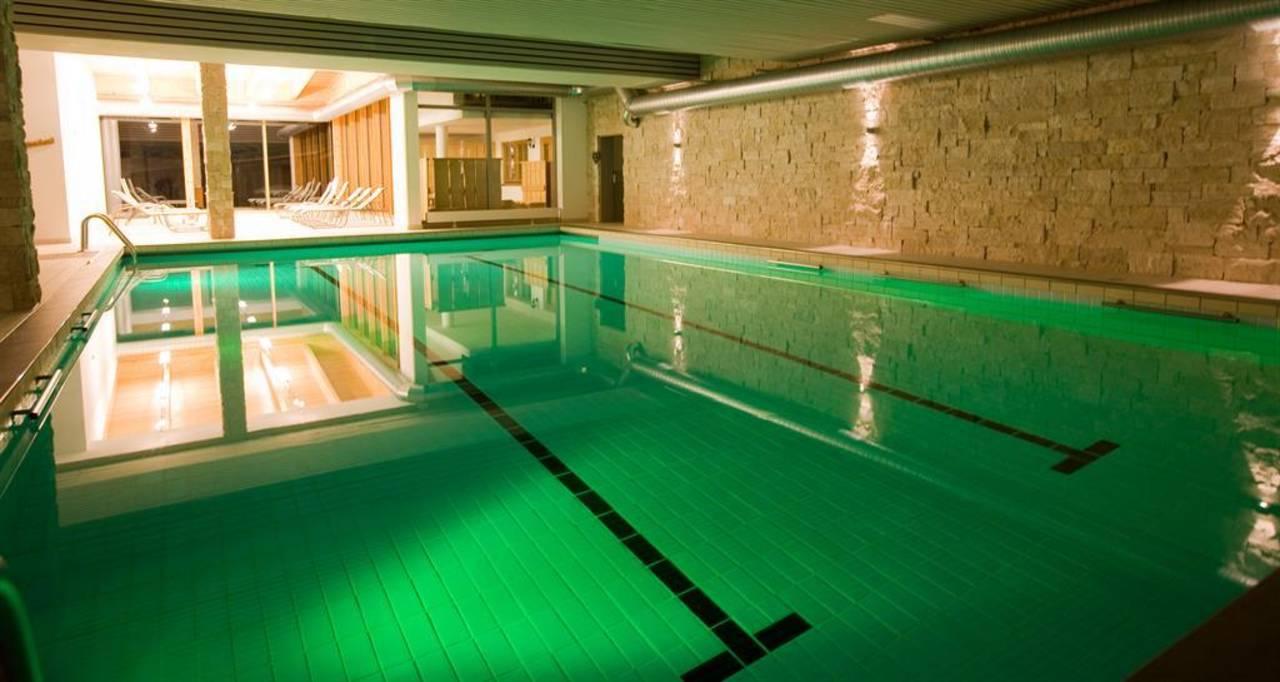 Schwimmbad 8x14m