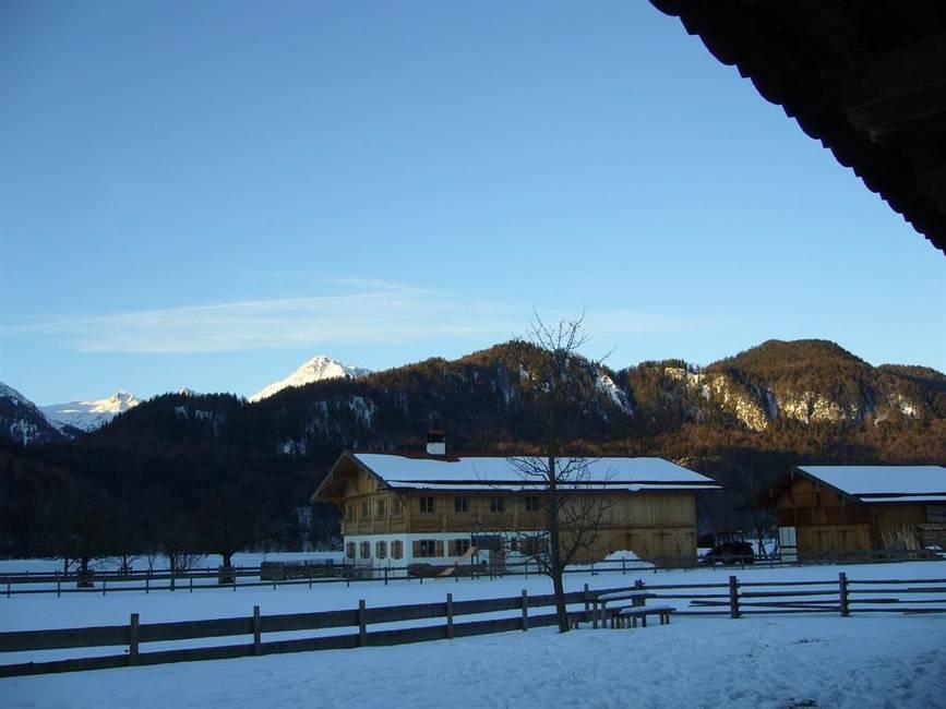 Blick vom Haus nach Süden in die Berge