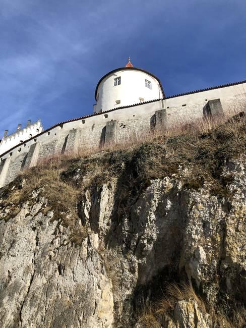 Hohes Schloss