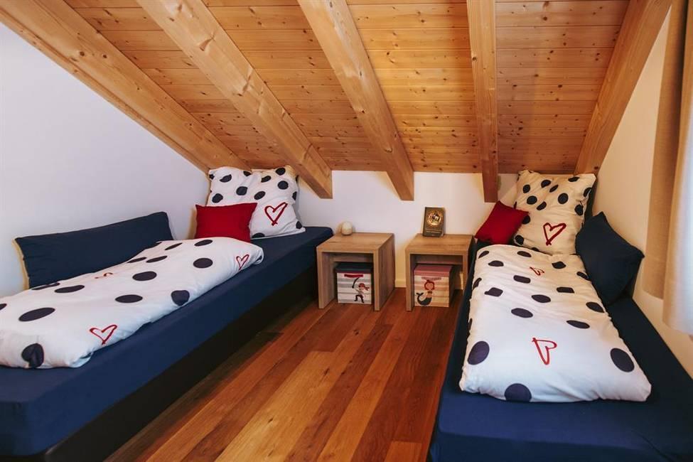 Kinder- oder zweites Schlafzimmer