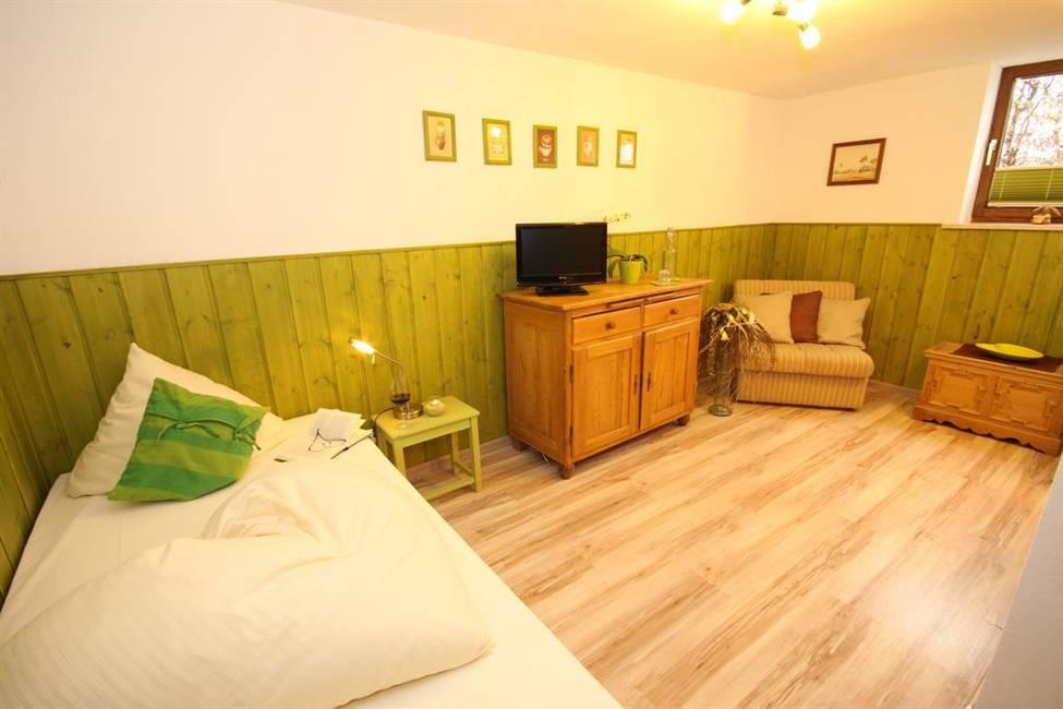 Einzelzimmer 1.