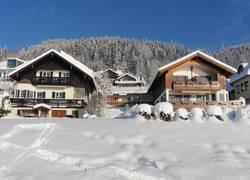 unsere Häuser im Winter