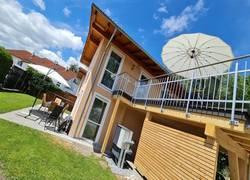 Alpina Ferienhaus mit Terrasse