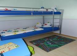 Schlafzimmer Kinderzimmer (Betten 90x200)