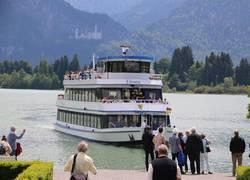 Forggenseeschifffahrt mit Schlossblick