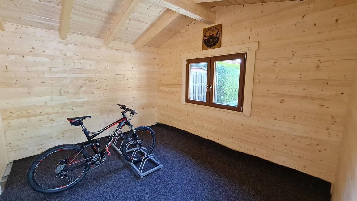 Alpina Alm Bikehütte