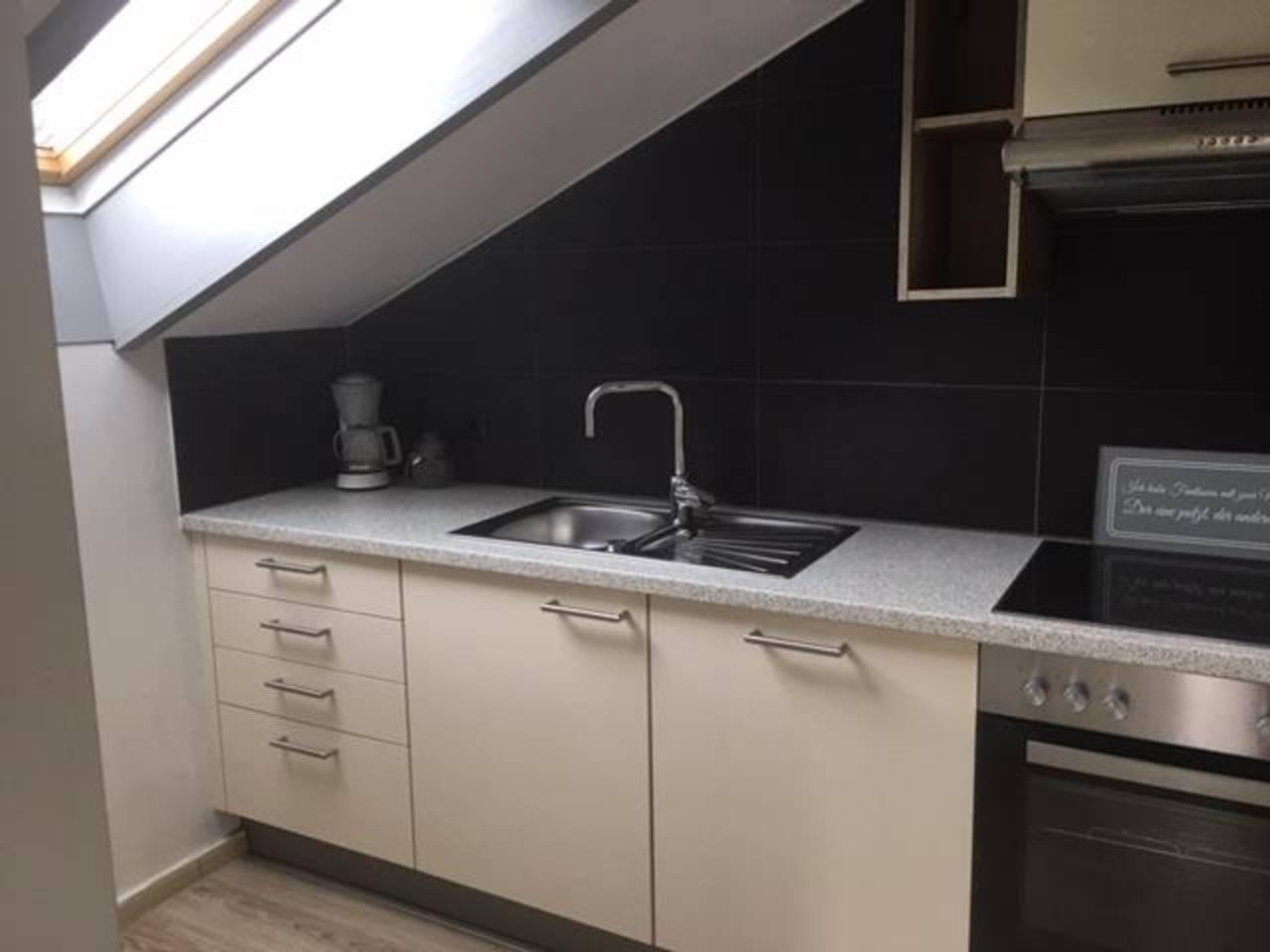 Küche Teil 1