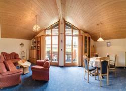Fewo 2 Wohnzimmer /Essbereich / Balkon