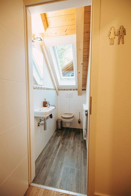 Gäste-WC im Eingangsbereich
