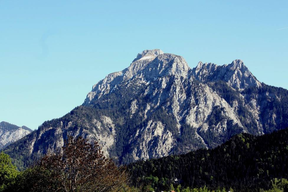 Bergsicht auf Hausberg