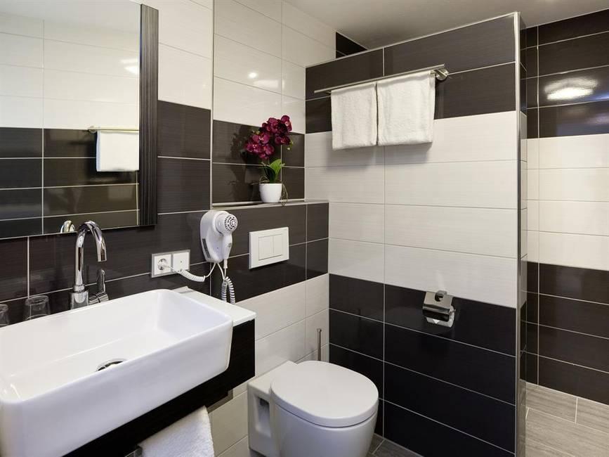 Badezimmer: Superior Doppelzimmer/Familienzimmer,