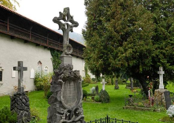 Kirche St. Sebastian / Alter Friedhof