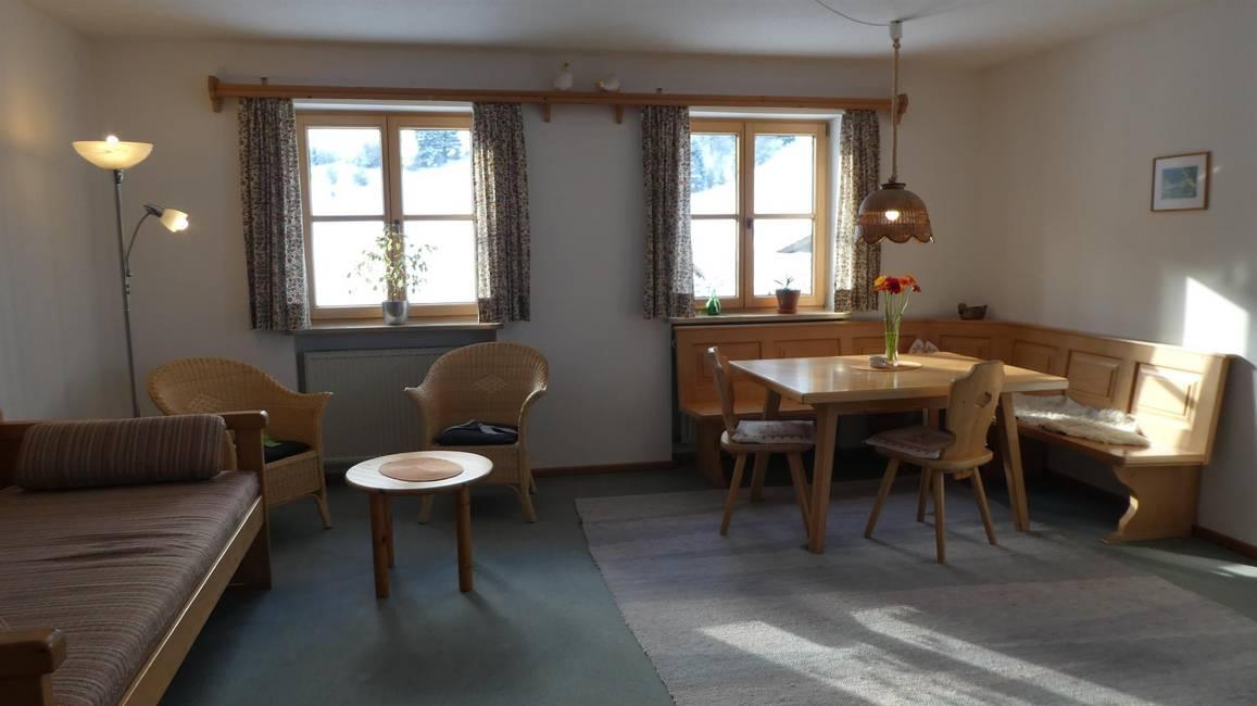 Whg. 3 - Wohnzimmer