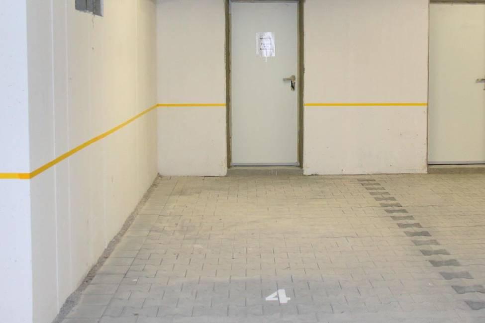 Stellplatz mit eigenem Abst.Raum