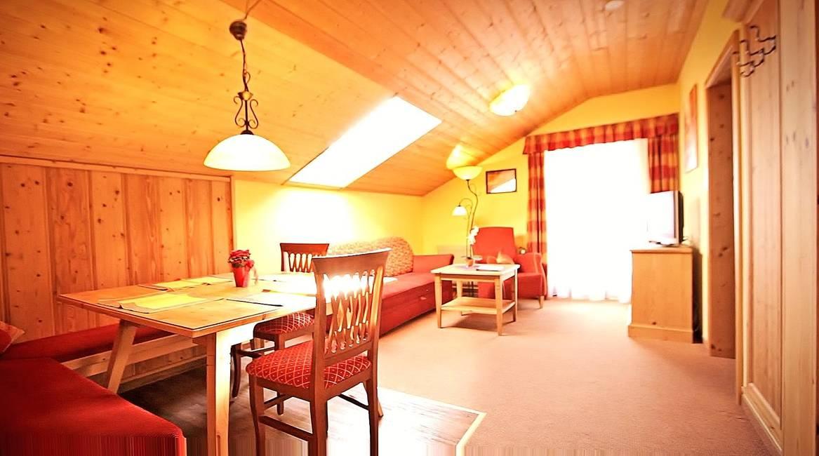 Wohnzimmer max. 6 Personen