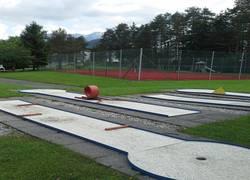Minigolf u. Tennis