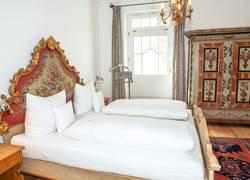 Linderhof Schlafzimmer 1