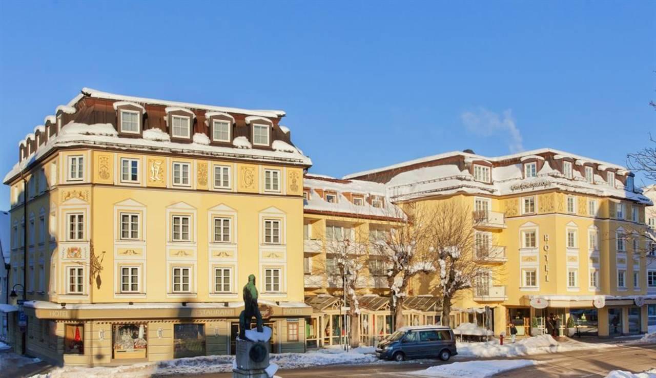 Hotel Schlosskrone Winterbild-Tag-opti