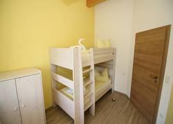 Kinderschlafzimmer mit Stockbett (2 Schlafplätze)