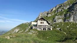 Bad Kissinger Hütte unterhalb des Aggensteins
