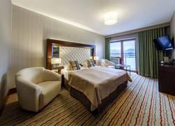 Deluxe Zimmer mit Balkon und Seeblick