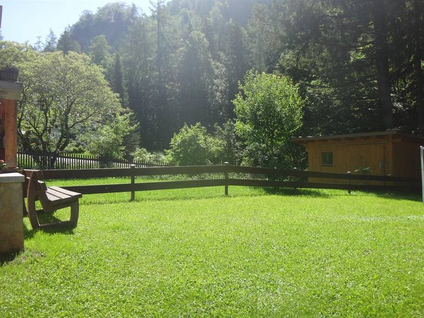 gleich hinter dem Haus: der Schwarzenberg