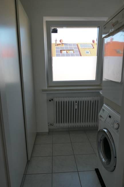 Waschraum / Washroom