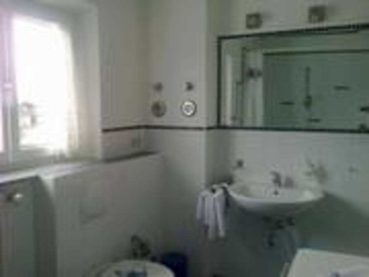 OG Bad für Portal kleiner