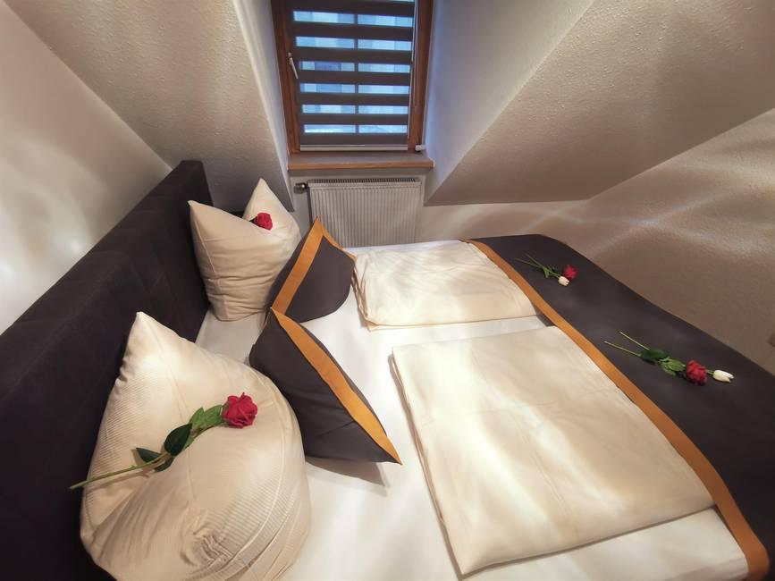 Schlafzimmer 2 Ferienwohnung 2