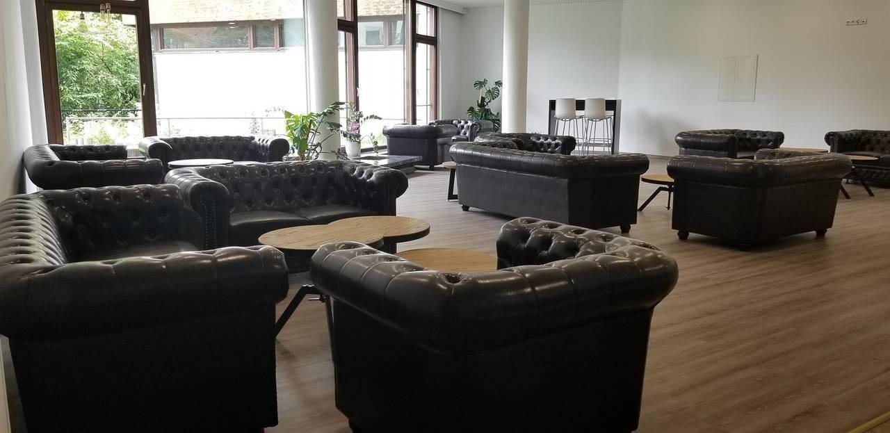 Lobby big 1