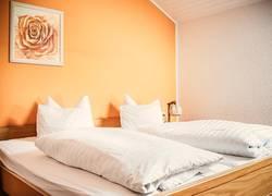 Kurhotel Jakob Ferienwohnung großes Schlafzimmer