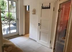 Sauna mit Dusche sep. WC und Ausgang zum Garten