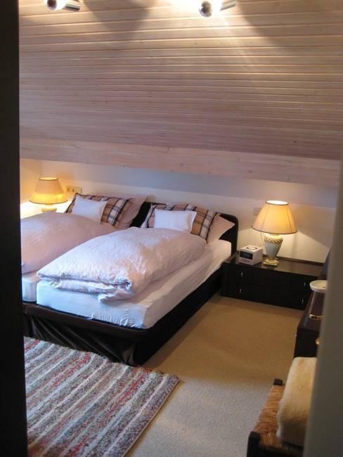 Schlafzimmer.IMG_3076 (2)