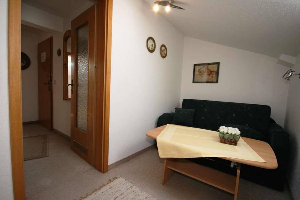 3. Zimmer mit Couch