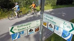 Radwege-Beschilderung am Forggenseeradweg