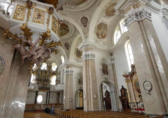 Kath. Stadtpfarrkirche St. Mang