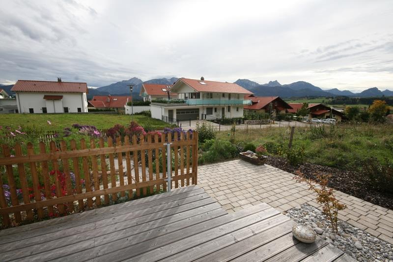 mit schöner großen Terrasse